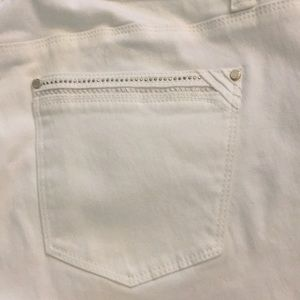 White House Black Market Jeans - White House Black Market Skinny White w embellish